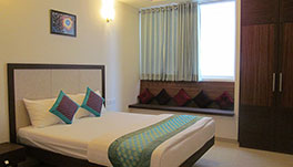 Ixora Suites-COMFORT-ROOM